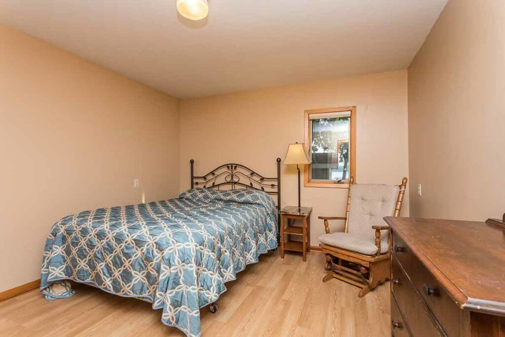 Barrett Lake Resort and Campground house rental interiors